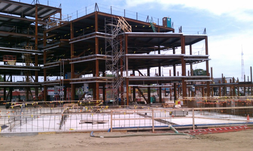 A closer view of the steel framing of Building D1